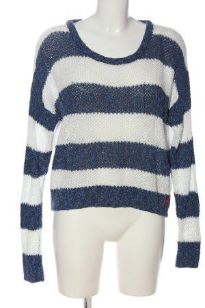Superdry Pull en crochet bleu-blanc imprimé allover style décontracté