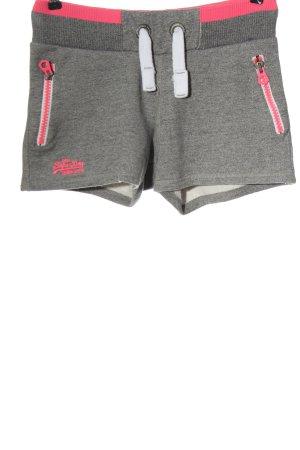 Superdry Hot pants grigio chiaro-rosa caratteri ricamati stile casual
