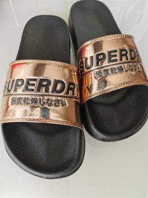 Superdry Pantoletten NEU