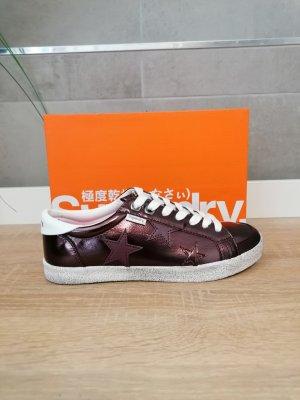 superdry Sneaker Bordeaux Braun Sterne 37