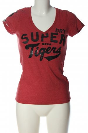 Superdry V-hals shirt rood gedrukte letters casual uitstraling