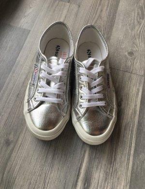Superga Metallic Silber Sneaker