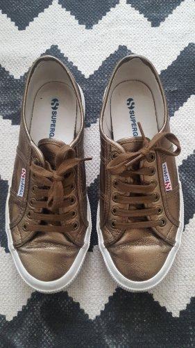 Superga Sneaker 38 Khaki Metallic getragen