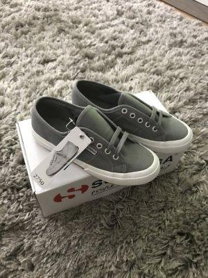 Superga Sneaker NEU