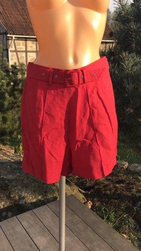 Superschöne neue rote Highwaist-Shorts * mit Gürtel * Neu und ungetragen