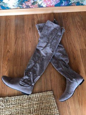 Superschöne Overknee-Stiefel mit Schnürung // Gekauft bei Asos