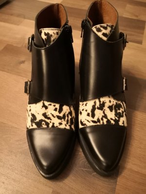 Sixtyseven Wedge Booties white-black