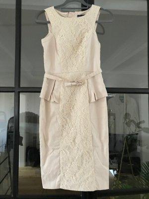 Superschönes, elegantes Kleid von Spotlight by Warehouse.
