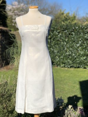1.2.3 Paris Robe fourreau blanc cassé lin