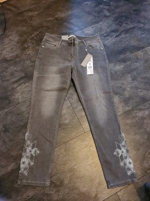 Superstylische Jeans von Betty & Co Gr. 42