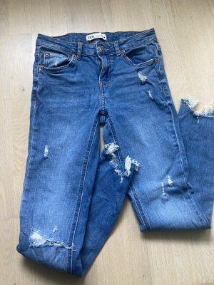 Superstylische Jeans ZARA Gr 36 hellblau