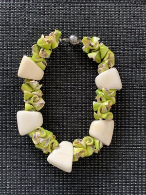 Susanne Kitz Shell Necklace white-lime-green