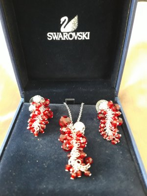 Swarovski Collar rojo ladrillo