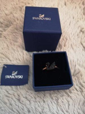 Swarovski Zdobiony pierścionek czarny-w kolorze różowego złota
