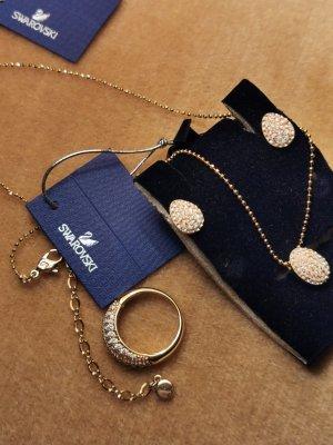 Swarovski Set Halskette Ohrringe Ringe gr. 58