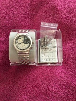 Swatch Horloge met metalen riempje veelkleurig