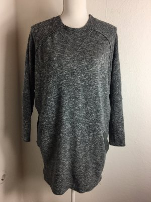 Sweater in grau vonnZara