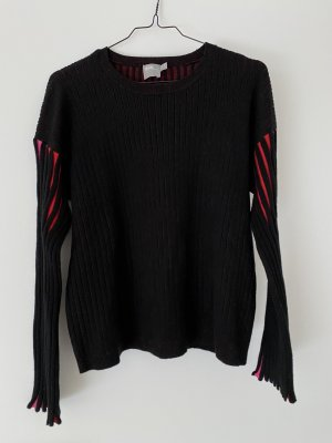 Sweater mit coolen Ärmeln