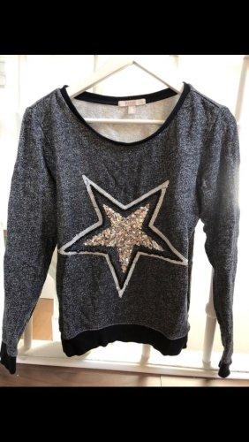 Sweater mit Stern