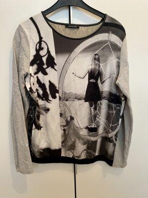 Sweatshirt der Marke Margittes
