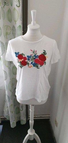 T-Shirt Blumenstickerei