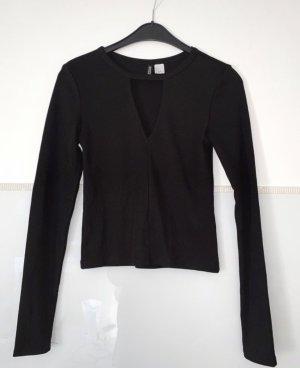 T-Shirt in schwarz mit V-Ausschnitt Gr.36