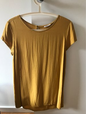 T Shirt in Senfgelb