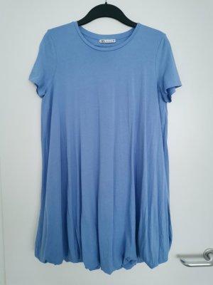 T-Shirt-Kleid in Hellblau