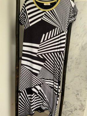 T Shirt Kleid von Salzkorn