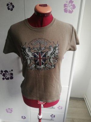 T-shirt look 54