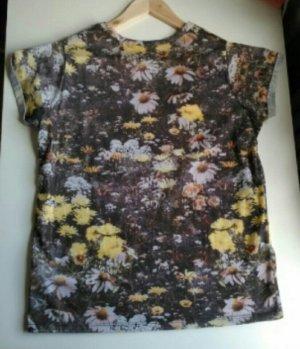 T-Shirt mit Blumendruck von Asos
