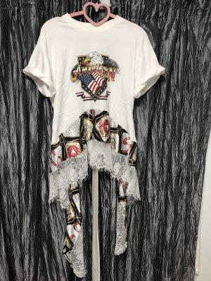 T-Shirt mit Details NEU aus Korea