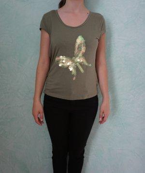 T-Shirt mit einem Schmetterling aus Pailletten