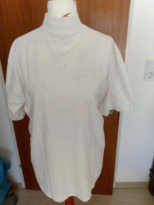 T-Shirt mit hohem Kragen
