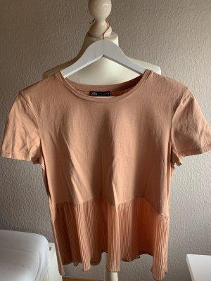 T-Shirt mit Plisseeeinsatz ZARA