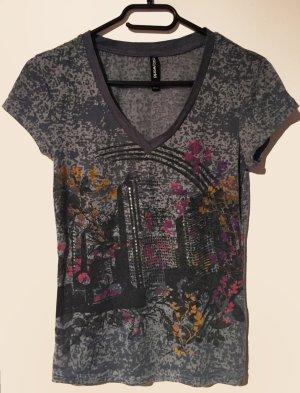 T-Shirt mit Print und Strasssteine, kurzärmlig, V-Schnitt, Gr. 34/36