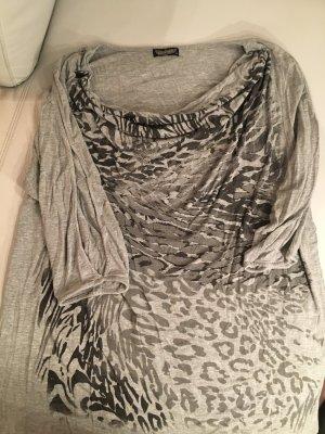 T-Shirt mit Safariprint und Ausschnitten an den Ärmeln, Gr. XL, wie NEU