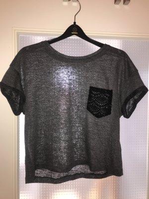 T-Shirt mit spitzen Tasche