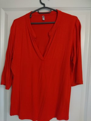 T-Shirt mit tollem Ausschnitt - Gr. M - Rot