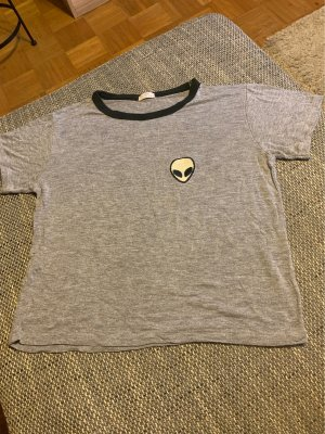 T-Shirt  on Brandy Melville, One Size, grau