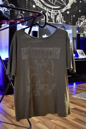 "T-Shirt Pull&Bear ""Led Zeppelin"""