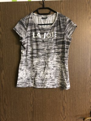 T Shirt stylisch