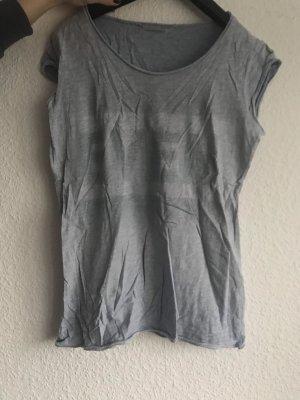 T-Shirt / top