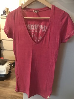 True Religion T-shirt col en V magenta