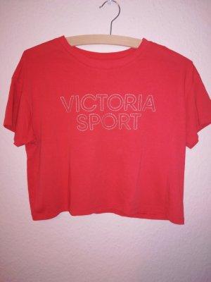 T-shirt VS