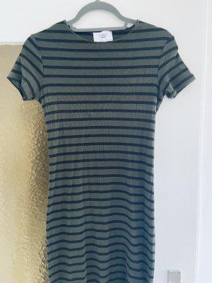 T-Shirtkleid von ZARA