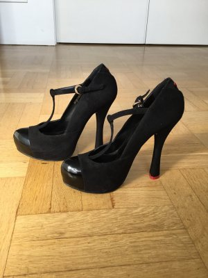 T-Strap Pumps von Love Moschino
