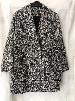 Tagliatore Short Coat black-white