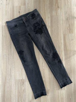 Taifun Jeans Skinny TS schwarz grau Blumen Stickerei Gr. 42