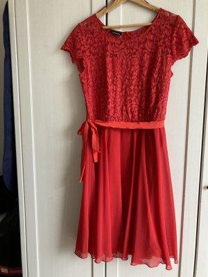 Taifun Kleid rot, mit Spitze